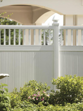 6' H x 8' W Chestertown Privacy Fence Closed Spindle Panel White